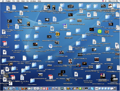 cluttered desktop